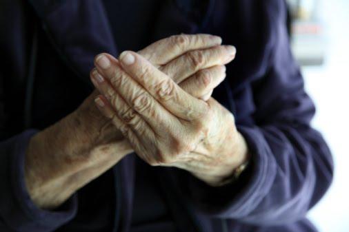 Как избавиться от тремора рук?